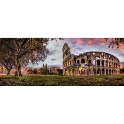 Kolosej v mraku, Rim (1000...